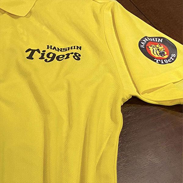 オリジナルプリントポロシャツ-阪神タイガースロゴ シルクスクリーンプリント事例